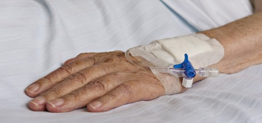 senior-hand-with-iv